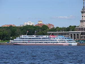 Aleksandr Pushkin in North River Port 20-jun-2012 04.JPG