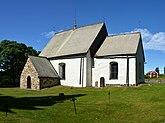 Fil:Alnö gamla kyrka (by Pudelek) 2.jpg
