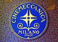 Alter Cinemeccanica Filmprojektor als Exponat im KokI KiK Kommunales Kino im Künstlerhaus Hannover Schild Logo Milano Italy auf Hammerlack.jpg