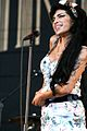 Amy Winehouse Fion Kidney 2008.jpg