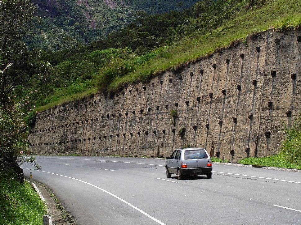 Anchored wall