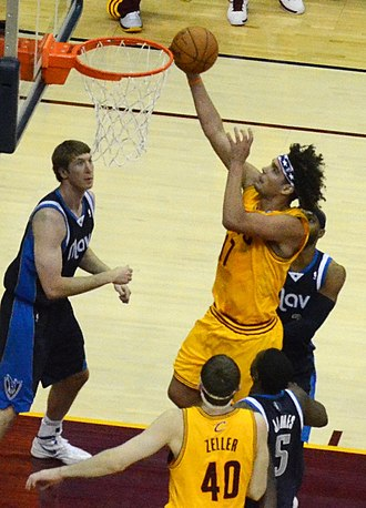 Anderson Varejão - Varejão goes in for a layup in 2012