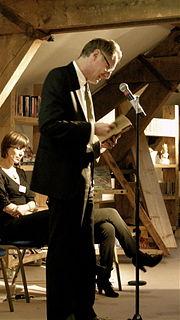 poet, novelist and biographer from England