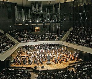 Andy Brick - Andy Brick Conducts the Czech National Symphony at the Gewandhaus