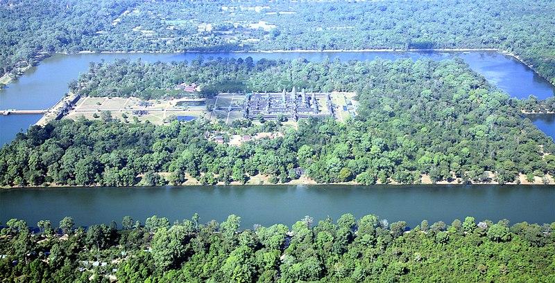 ឯកសារ:Angkor Wat aerial view.jpg