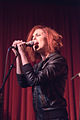 Anna Nalick at Hotel Cafe, 3 August 2011 (6017190130).jpg