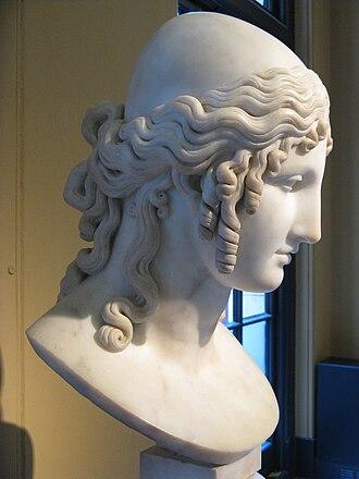 Tyndareus - Tyndareus' stepdaughter Helen of Troy