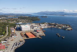 Arial photo - Kvaerner at Stord (6995304142).jpg
