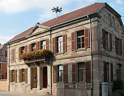 Artzenheim, Mairie.jpg