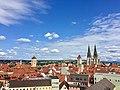 Aussicht vom Kirchturm der Dreifaltigkeitskirche auf die Regensburger Altstadt mit Dom St. Peter.jpg