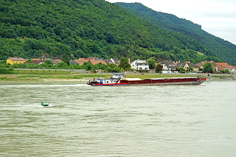 File:Austria-00502 - Barge on the Danube. (20416332558).jpg