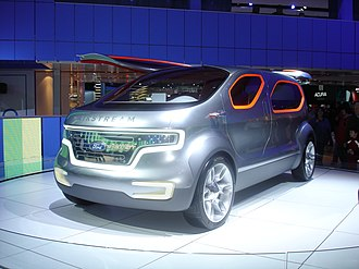 Ford Airstream - Image: Auto Show 024