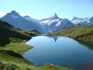 Bachalpsee - Image: Bachalpsee reflection