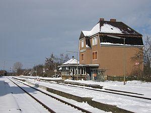 Alzey–Mainz railway - Mainz-Marienborn station in the winter
