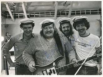 Bamses Venner - Bamses Venner in 1979. From left to right: Arne Østergaard, Flemming Bamse Jørgensen, Bjarne Gren Jensen, Mogens Balle.
