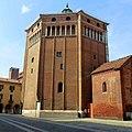 Battistero di Cremona, Italia - panoramio.jpg