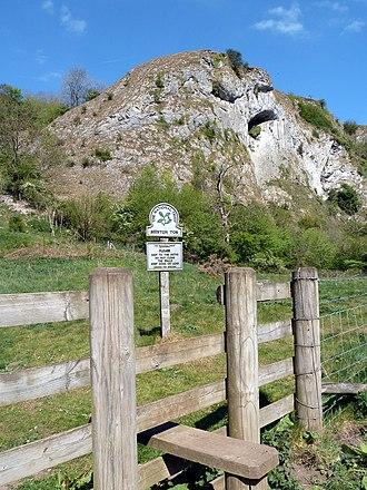 Beeston Tor - Beeston Tor, a limestone outcrop