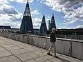 Begehbare Dachskulptur der Bundeskunsthalle Bonn.jpg