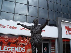 Bill Shankly statue.jpg