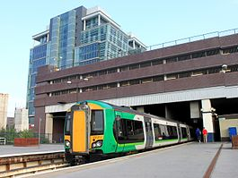 Birmingham Snow Hill - London Midland 172213.jpg