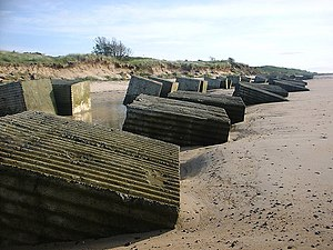 Alnmouth - Two lines of WW2 anti-tank cubes defend Alnmouth's north beach