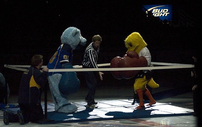 File:Blues vs Ducks ERI 4591 (5473030778).jpg