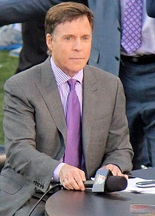 The 66-year old son of father John George Costas and mother Jayne Quinlan, 170 cm tall Bob Costas in 2018 photo