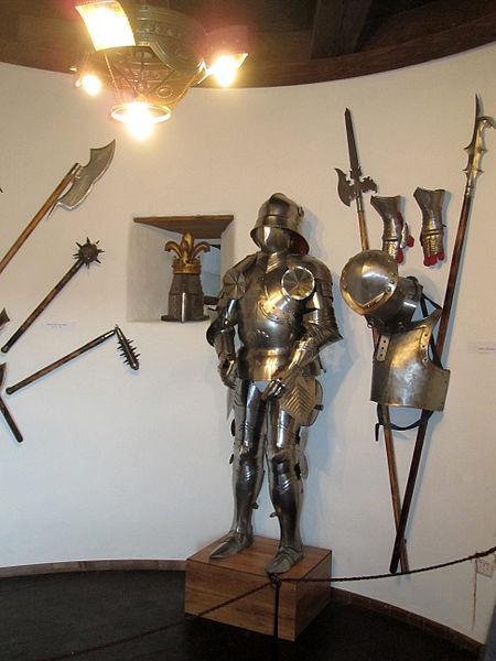 File:Bran armour.jpg