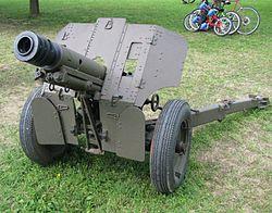 Brdski top 76,2mm M-48B1.JPG