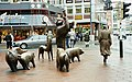 Bremen.pigs.750pix.jpg
