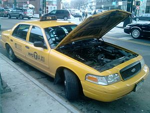 Breakdown (vehicle) - A broken down Ford Crown Victoria in New York city in 2009