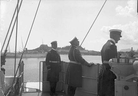 Kaiser Wilhelm onboard light cruiser SMS Geier in 1894. - Imperial German Navy