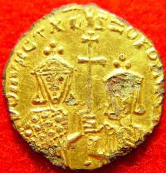 Fourrée - A Byzantine fourrée solidus.