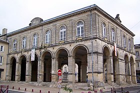 Cadillac (Gironde) — Wikipédia