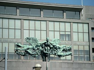 Jozef Cantré - Sculpture by Cantré from 1953, in front of the Ostend post office