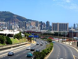 The N2, also known as the Eastern Boulevard, as it enters the City Bowl and ends in the Central Business District