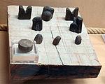 Castello di bodrum, sala del relitto di vetro, oggetti bizantini (1025 ca.) 04 scacchi.JPG