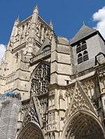 Cathédrale de Meaux Façade140708 01.jpg