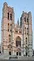 Cathedrale des Saints Michel et Gudule - Bruxelles, Belgium - October 31, 2010 - panoramio.jpg