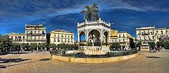 Blida - Image: Centre de Blida (Algérie), Place Toute