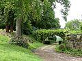 Château-l'Évêque château parc pont.jpg