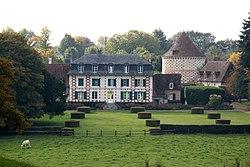 Château du Besneray.jpg
