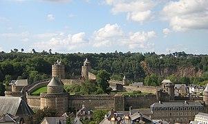 Château fougères vue générale.jpg