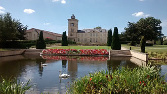 Château Lagrange - Image: Chateau Lagrange