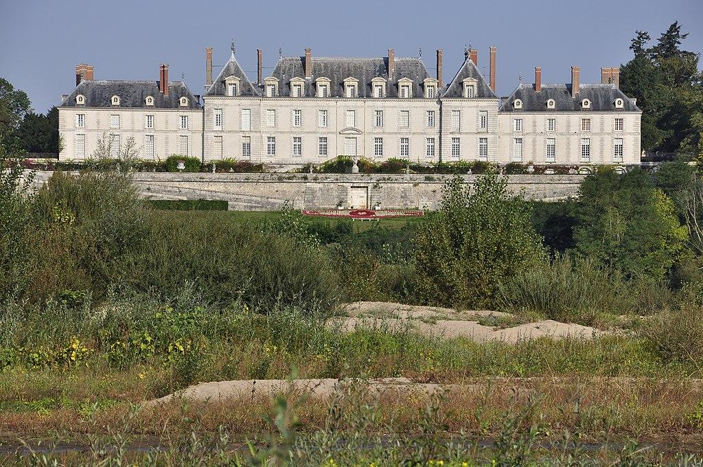 Chateau de Menars loire.jpg