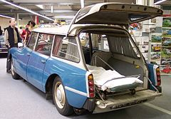 Citroen DS Break Ambulance bicolor hl TCE.jpg