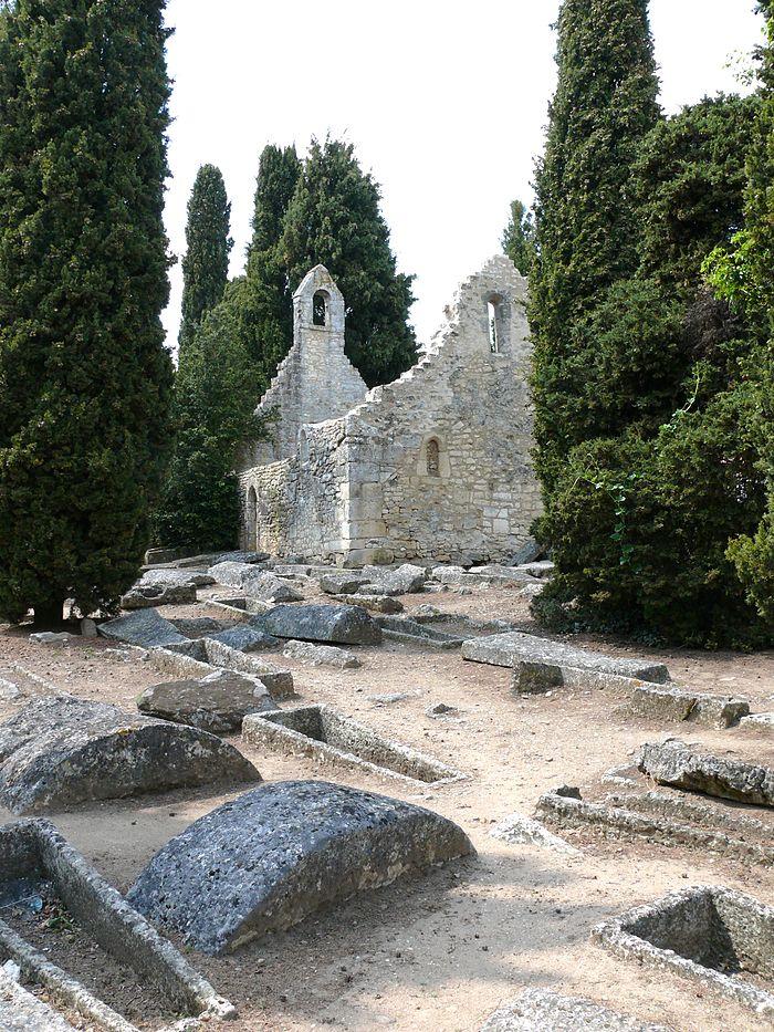 Cimeti re gallo romain monument historique civaux for Piscine de civaux