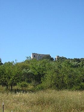 Le château-prieuré de Thouzon