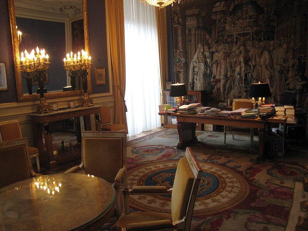 дворец пале рояль фото изнутри