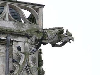 Conty - A gargoyle on the church of Saint-Antoine